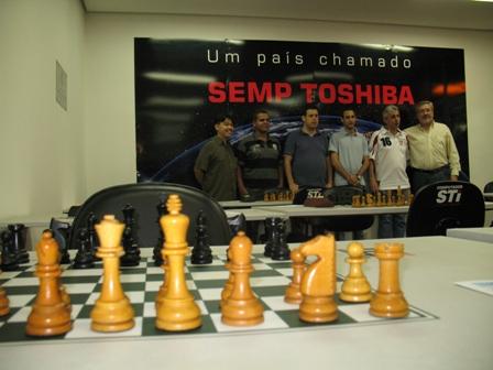 Roberto Stelling é o quinto da esquerda para a direita. Foto: Naldo Gomes