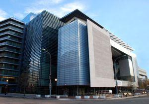 O prédio do Newseum em Washington (EUA) é um bom lugar para ser visitado por jornalistas com vínculo empregatício e também pelos empreendedores do jornalismo freelance